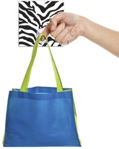 rmk2033hk_zebra-print-magic-hook_product-in-use